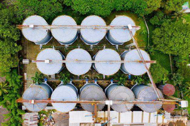 Trabalho de dedetização em área industrial | Uniprag Rio